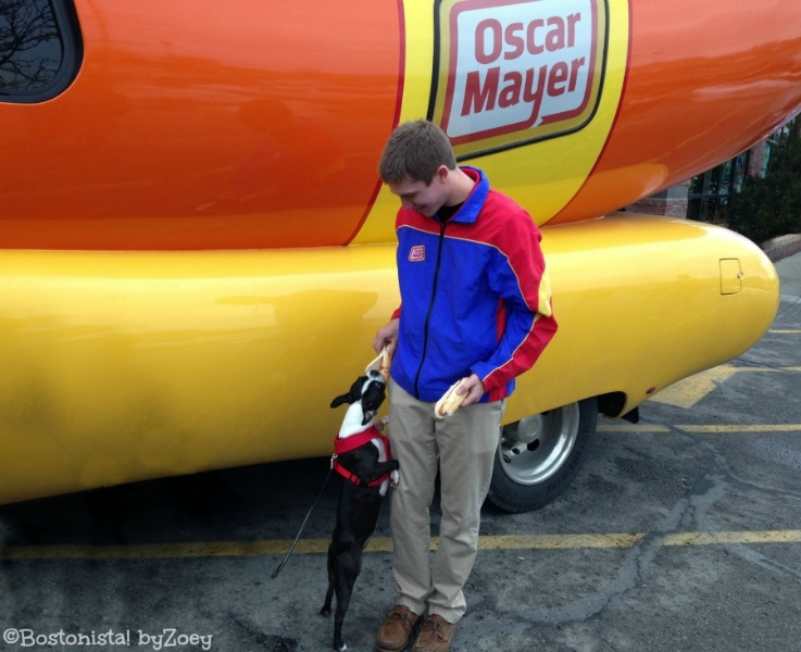 2015 Grammys Sexiest Looks furthermore Hot Dog Its My Lucky Day also 2315781 as well Sheer And Lace Wears Britney Spears moreover Jake Miller. on oscar grammy chopper